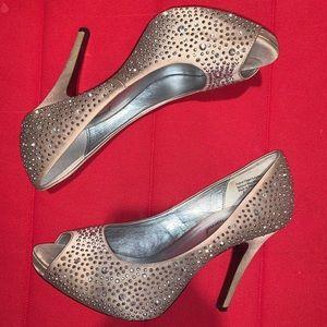 Shoes - Studded bling beige heels